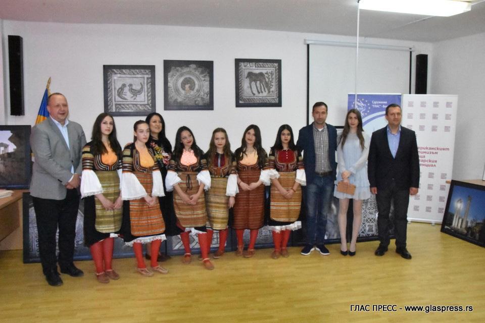 Изложба в Босилеград представи блясъка на Епископската базилика на Филипопол (ВИДЕО ГЛАСПРЕСС)